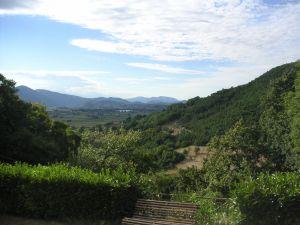 htmlimport_20050816xz_Assisi_35____vall_e_de_Rieti_vue_de_Santa_Maria_d
